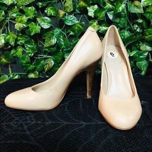 Jessica Simpson Nude Heels sz 6